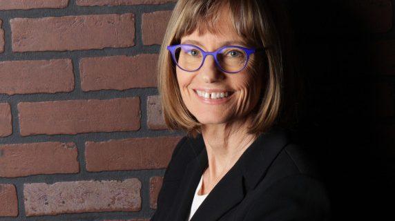 Elizabeth Keating